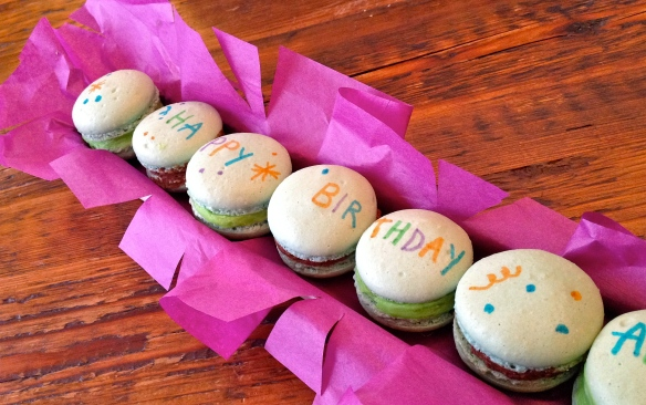 "Macarons  (Single ""o"")"